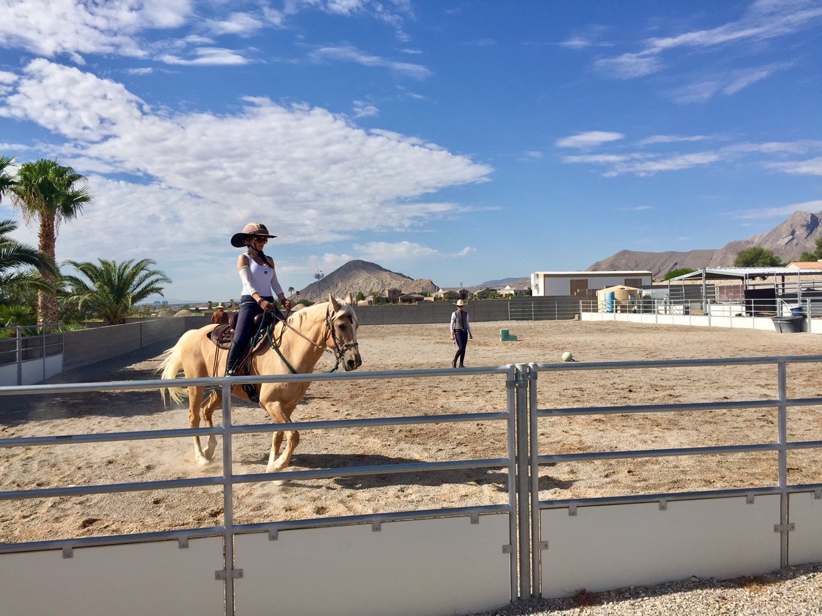 people are talking about riding lessons in las vegas with callie clien