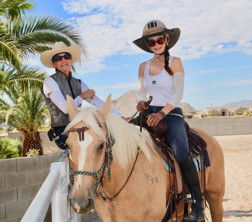 what to expect 2.	Las Vegas Horseback Riding